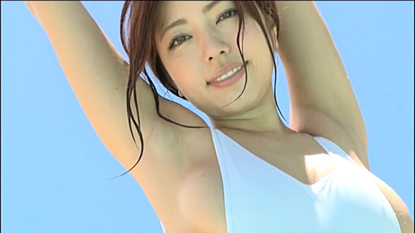 【黒木桃子】Fカップ 高身長美女がハイレグ水着で美BODYを大胆披露
