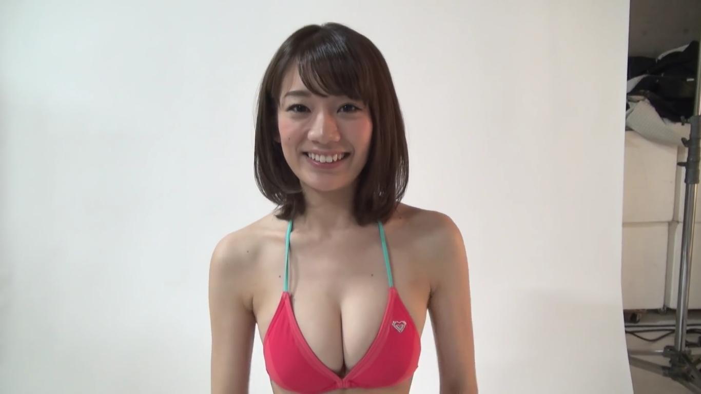 【佐藤美希】Fカップ 華奢なBODY豊満バスト凛とした雰囲気の美女