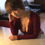 【夏菜】Fカップ 朝ドラ女優が胸の谷間全開大胆ポーズで魅了