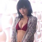 【山本彩】Dカップ4 ワインレッドビキニとラメビキニ