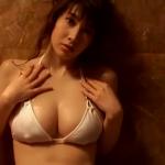【小林恵美】Fカップ6 テカテカと白水着