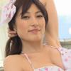 【熊田曜子】Fカップ 花柄ビキニ姿での四つん這いや腋見せポーズ