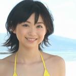 【小川真奈】-カップ 黄色紐パンビキニとかわいい笑顔と華奢なBODY