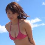 【久松郁実】Dカップ8 ワンピース水着とピンクビキニとチューブトップ