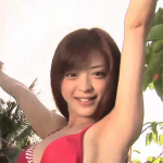 無【和田絵莉】Eカップ2 赤ボ―タ―柄ビキニとスレンダーボディー