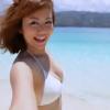 【磯山さやか】Fカップ2 白ビキニと美しいビーチと笑顔