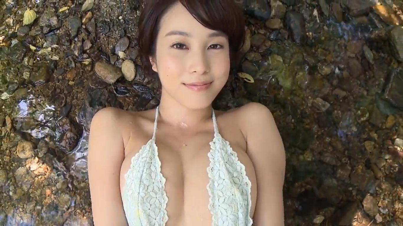 【犬童美乃梨】Gカップ5 惚れ惚れする美肌BODYと体の曲線美