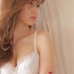 【小嶋陽菜】-カップ3 ランジェリー姿がセクシーすぎる!