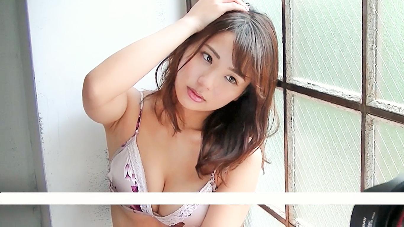 【平嶋夏海】Fカップ10 トレーディンカード撮影!必見!セクシーキスマーク