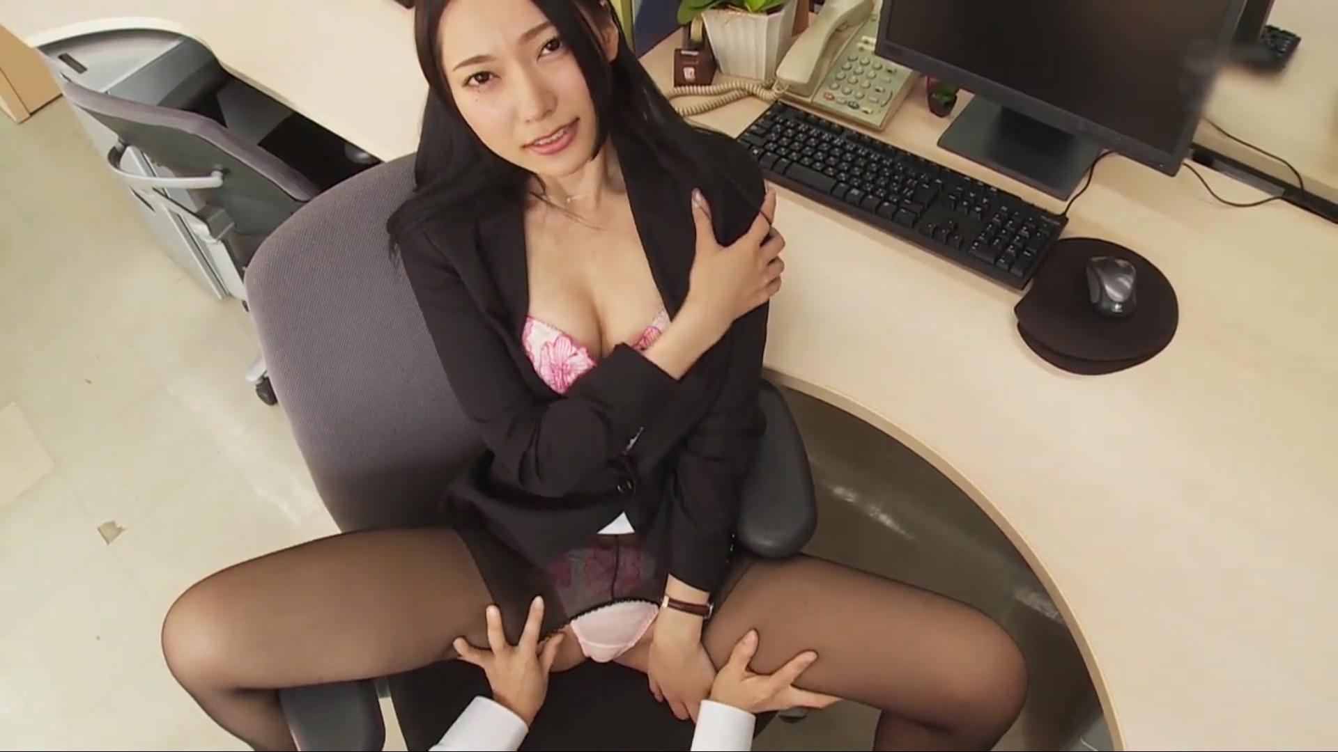 【三田羽衣】-カップ3 スーツ姿のスタイル抜群の美女が乱れる!? Tバック姿を披露!?