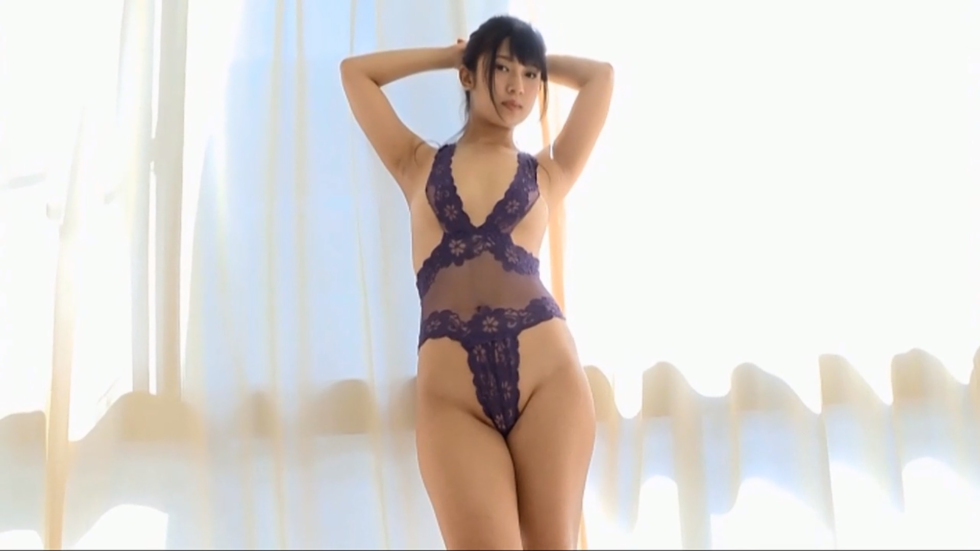 【佐倉仁菜】Dカップ2 ハイレグセクシー衣装でぷりっとしたお尻をアピール!
