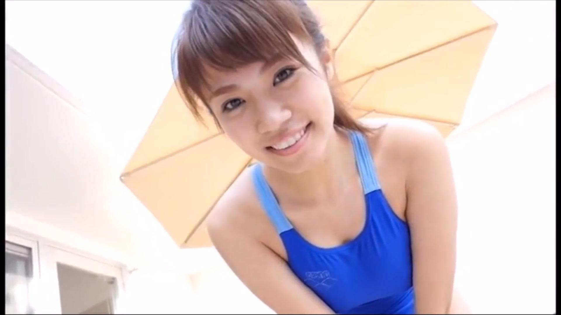 【菜乃花】Iカップ30 一緒にらぶらぶジュース!可愛らしさとハイレグ競泳水着姿!