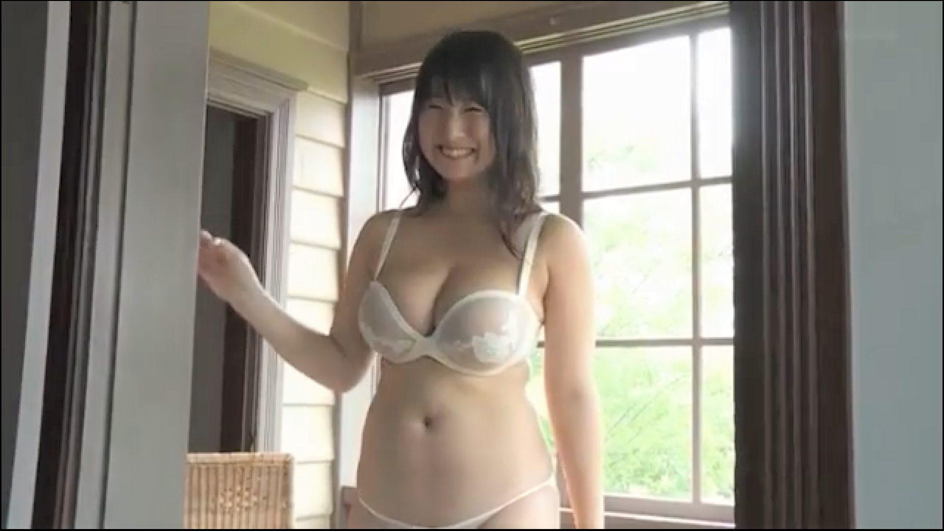 【桐山瑠衣】Jカップ22 体操をした結果!ボインボイン~!