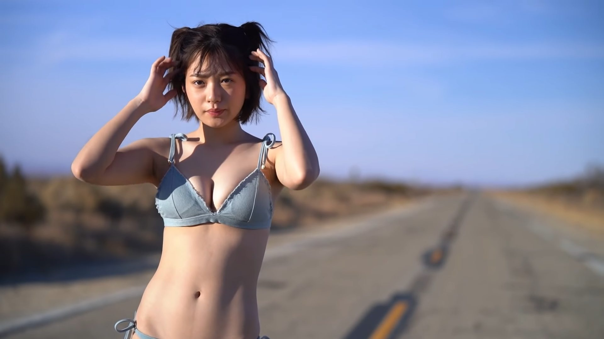 【長月翠】Gカップ2 ファースト写真集「意外性」2020年5月20日(水)発売予定!水着姿を披露!