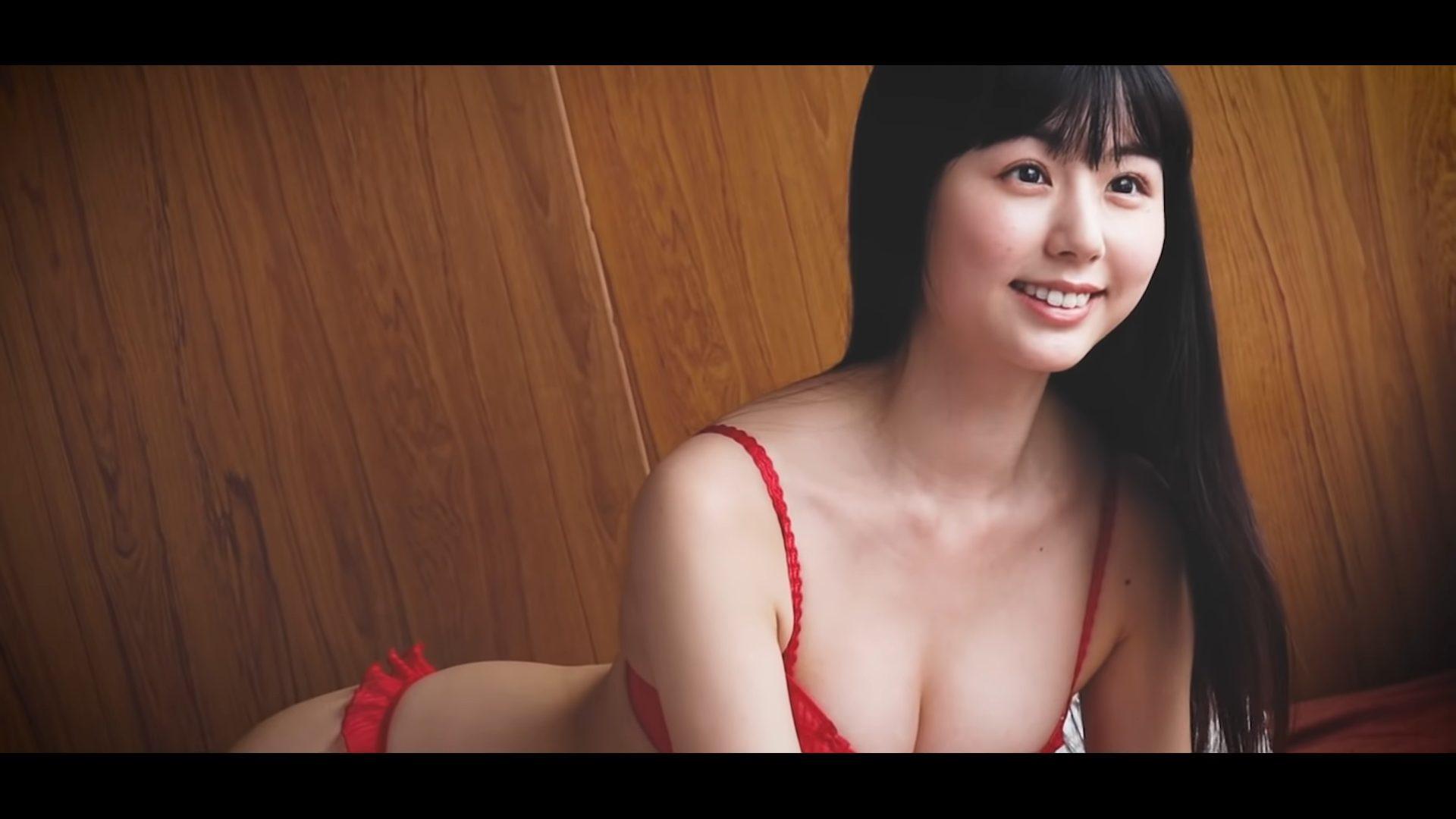 【くりえみ】Cカップ14 ヤングアニマルオフショット動画!セクシーな姿を披露!