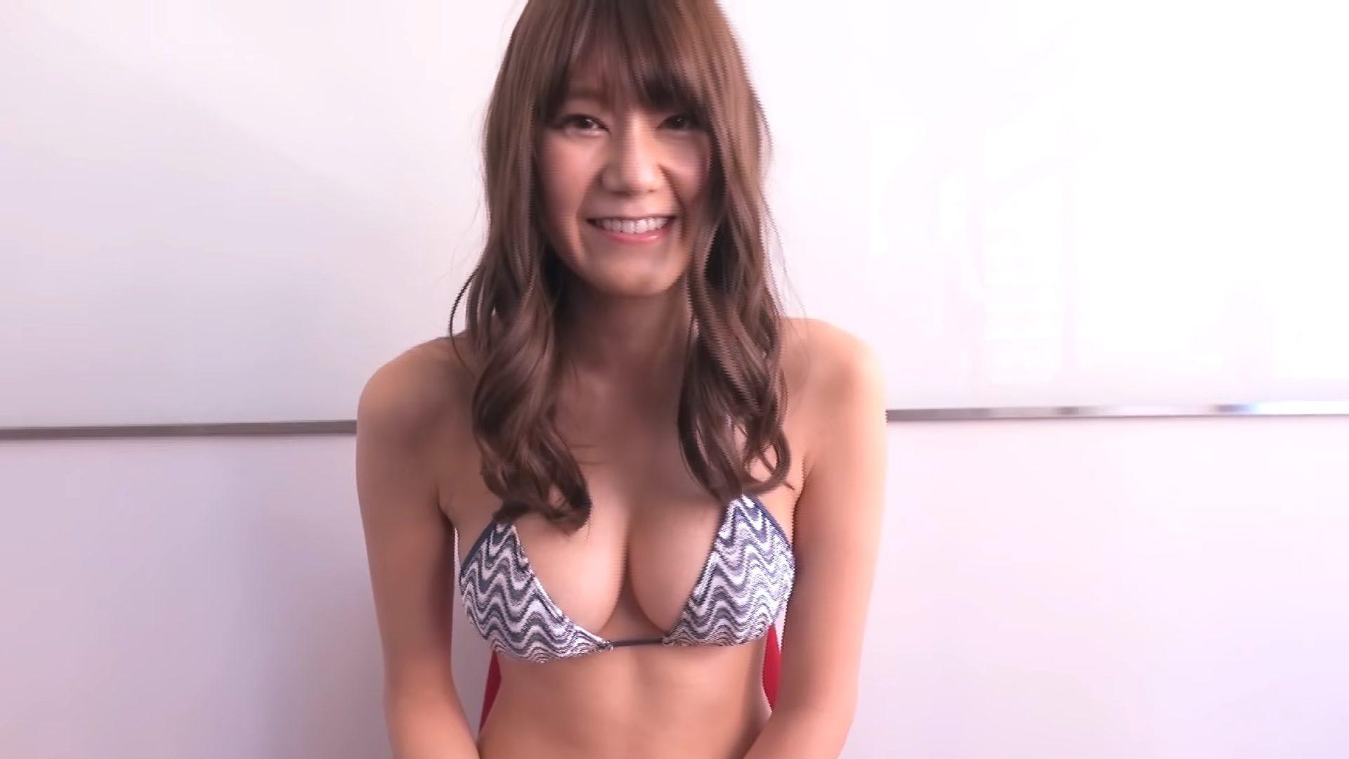 【藤木美咲】Fカップ3 EX MAX!エキサイティングマックス!足ツボ動画!水着姿を披露!